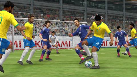 ワールドサッカー ウイニングイレブン 2014 蒼き侍の挑戦 ゲーム画面2