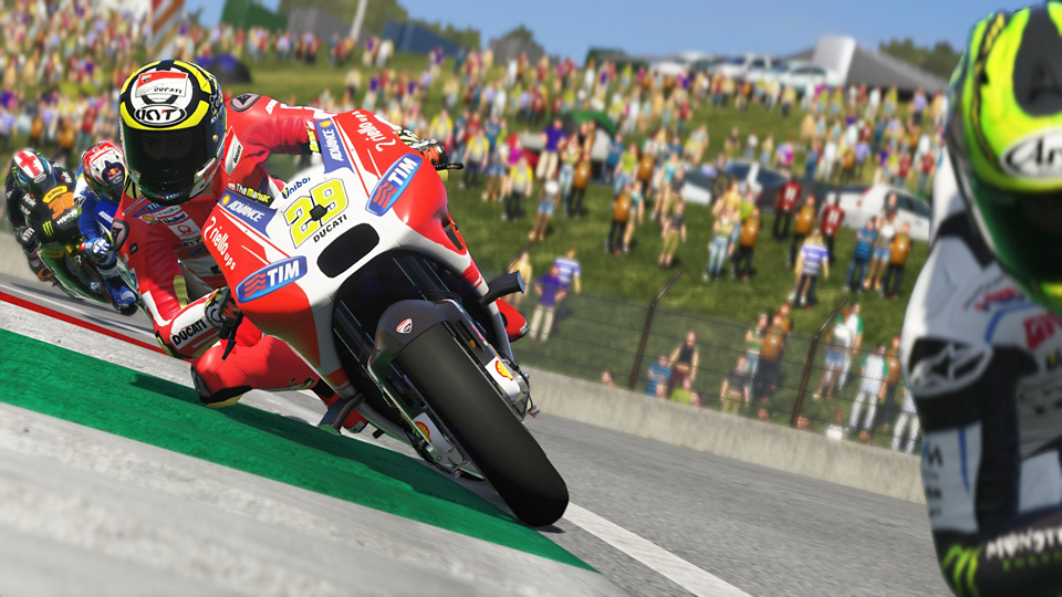 MotoGP 15_body_5