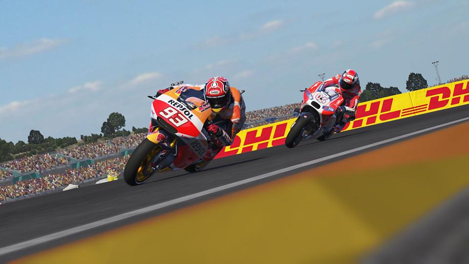 MotoGP 15_body_8